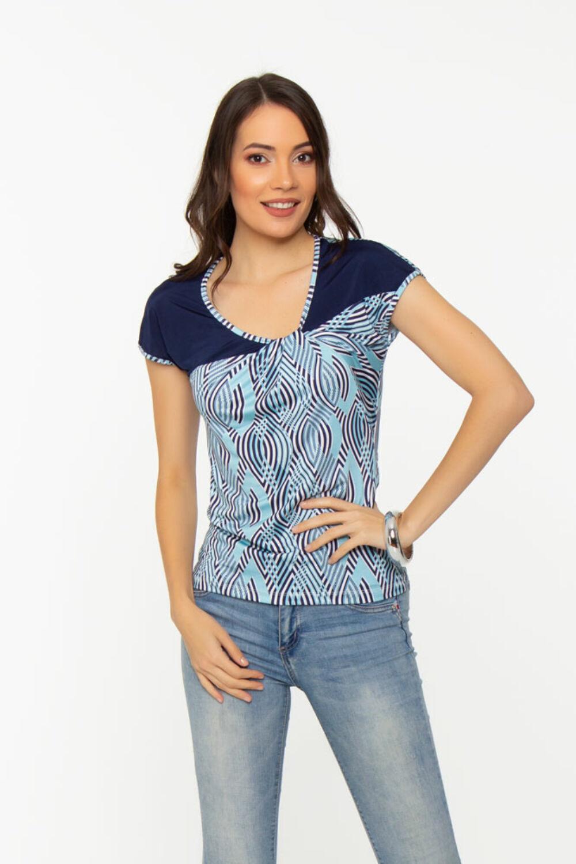Kék alapú, csavart dekoltázsú póló